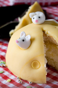 mouse on cake