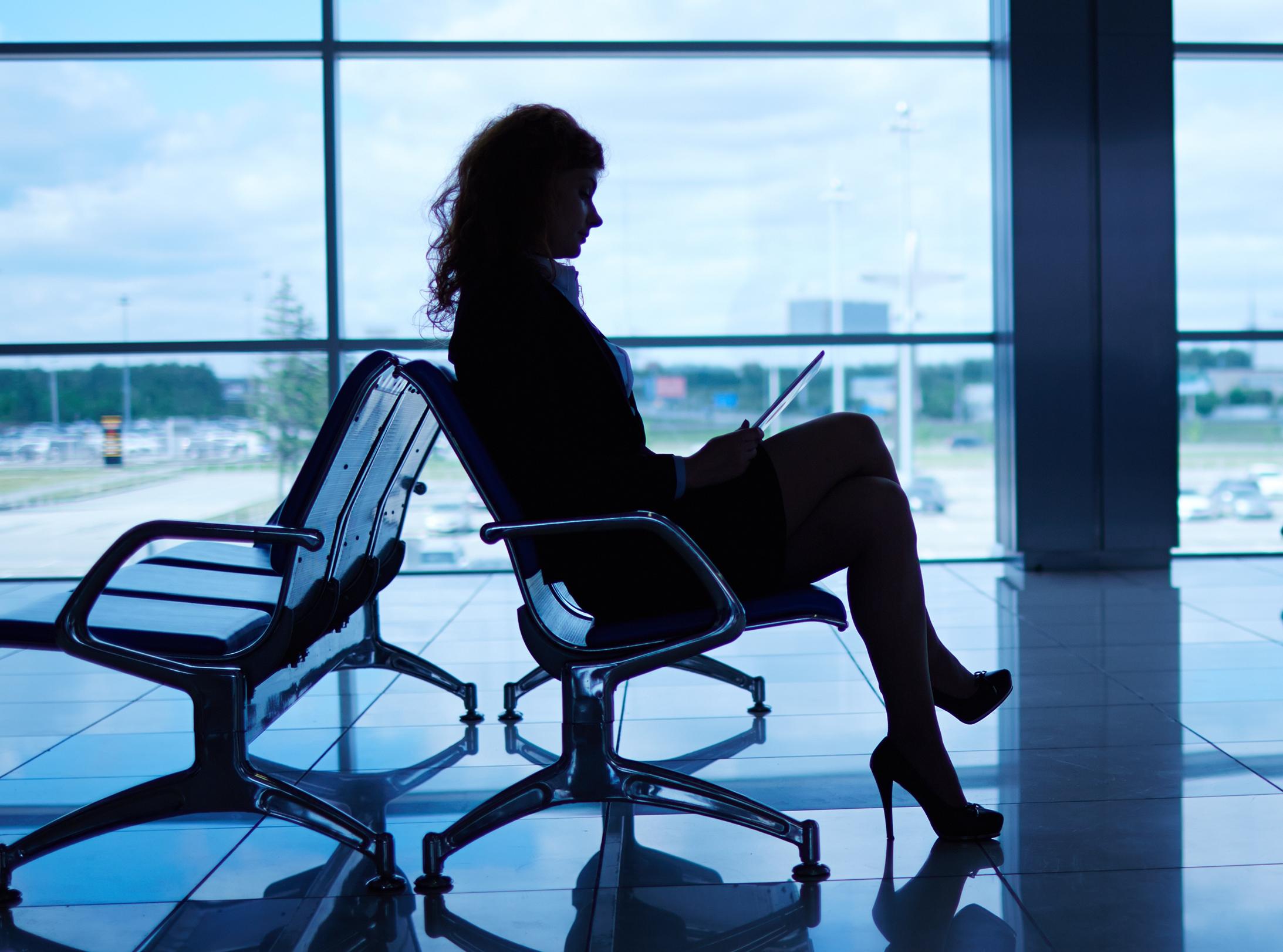 woman in airport.jpg